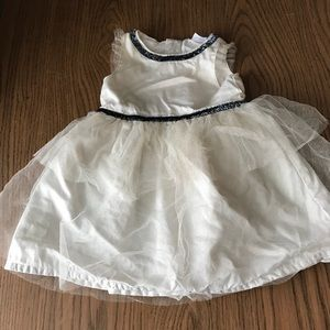 EUC 9mo Carter's infant holiday dress